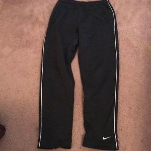 Nike dry fit sweatpants 🦋